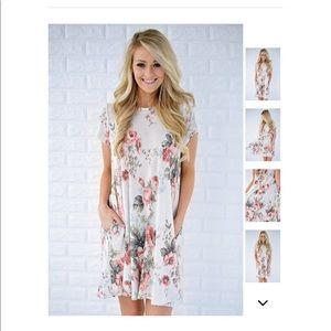 Dresses & Skirts - White Flowered dress size medium
